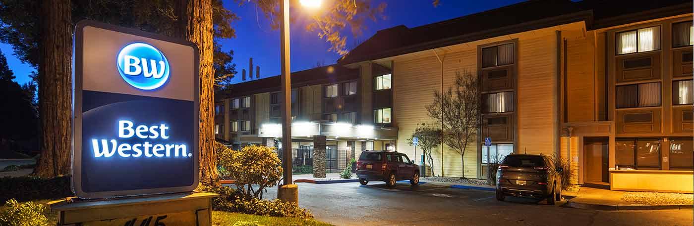Martinez CA Hotel - Exterior photo of the hotel