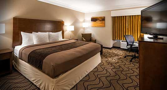 Martinez CA Hotel - one bedroom